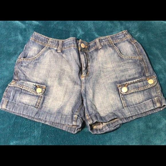 Faded Glory Pants - Faded Glory denim cargo shorts